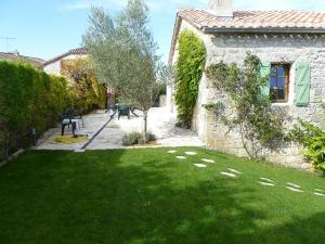 Garden Le Chai